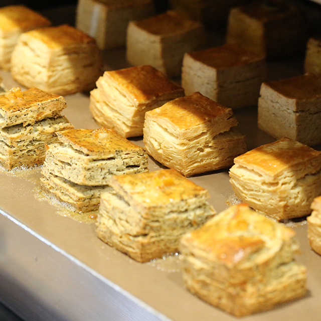 【オープンレポート】Cream & Scone from Afternoon Tea TEASTAND